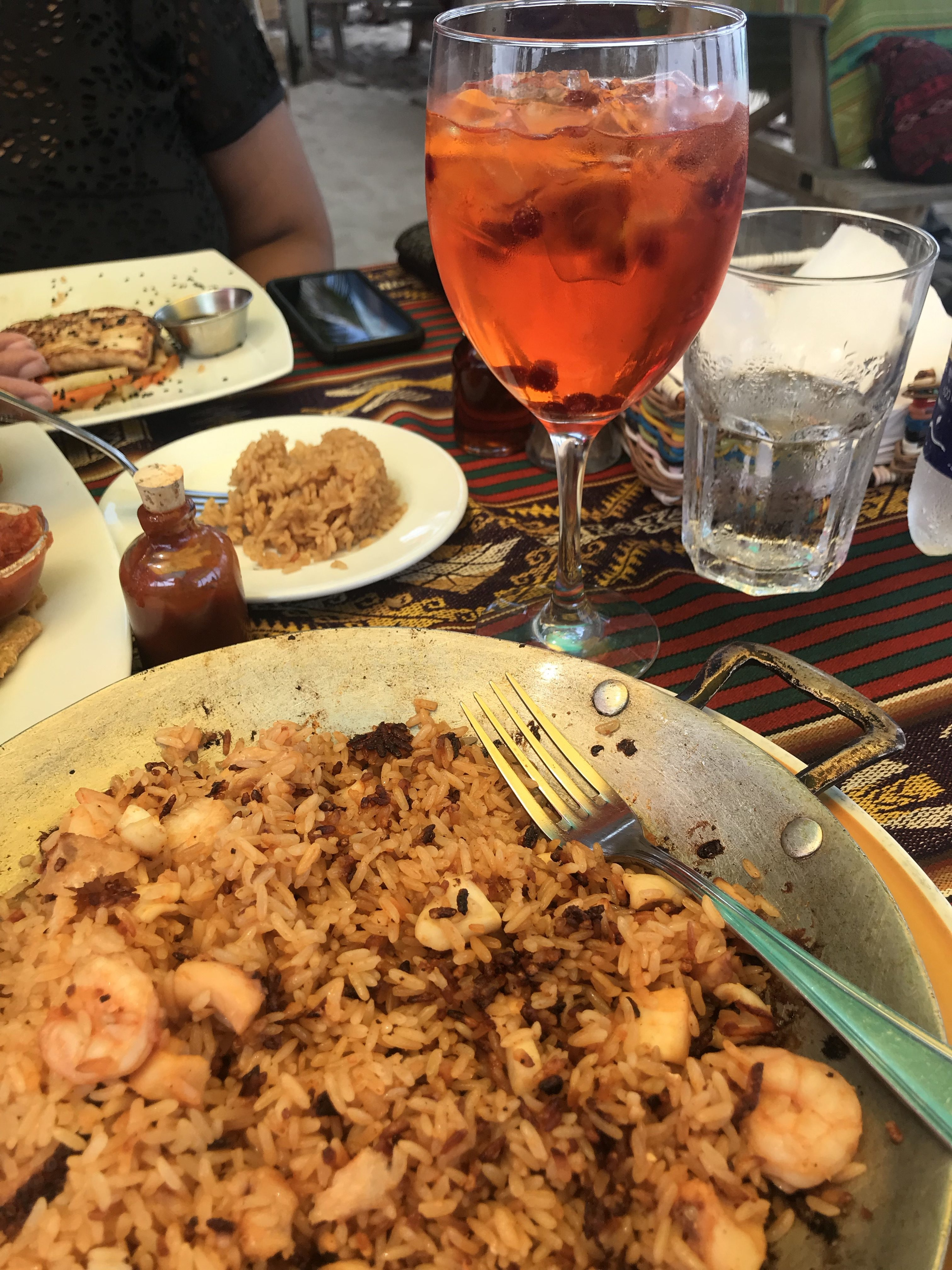 Rice and mariscos with crunchy bottomed rice